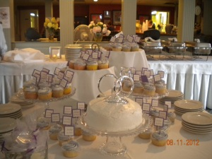 Wedding cupcake stick pins