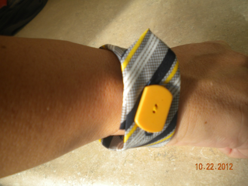 bracelet made from man's tie